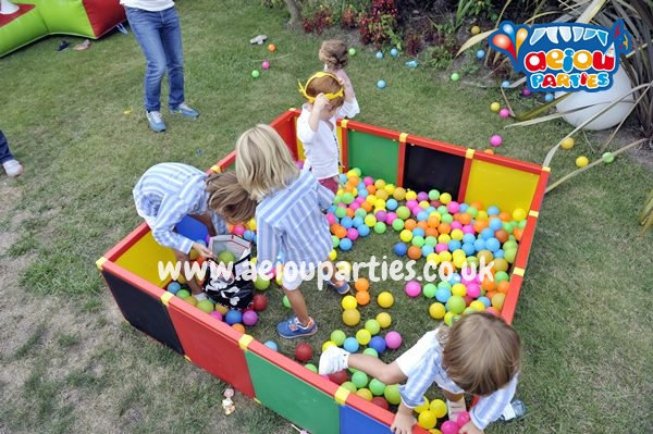 St Birthday Parties In London AEIOU Kids Club London - Childrens birthday party ideas in london