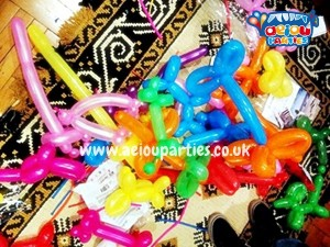 Balloon Modelling 1st birthday parties london