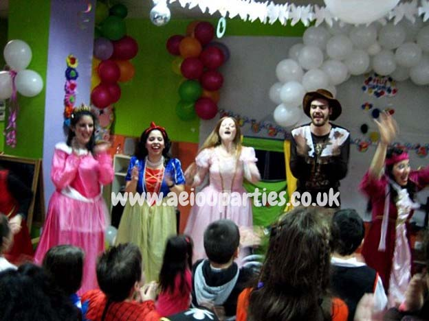 Children's party entertainment in London