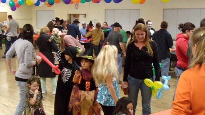 Organizing a Halloween kids party