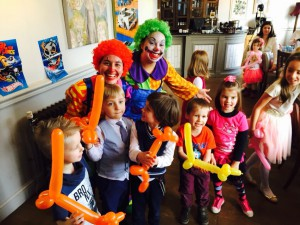 hire clowns for kids birthday parties