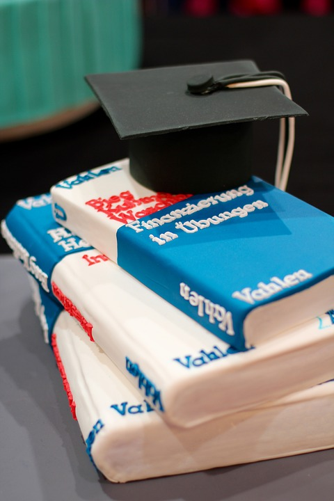 tips for the best back to school party cake